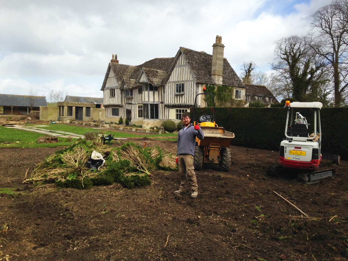 Magical Manor House Cheltenham landscaping